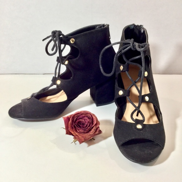 BAMBOO Shoes - 🛑SALE🛑 NEW Black bamboo lace up heels